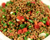 Black lentils with onions and tomatoes